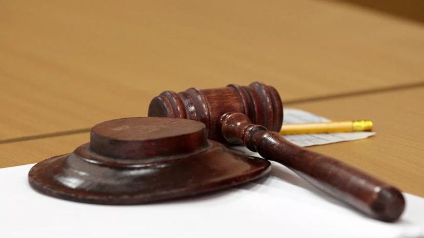 Суд отказал в экспертизе родителям и живущей вклинике девочке