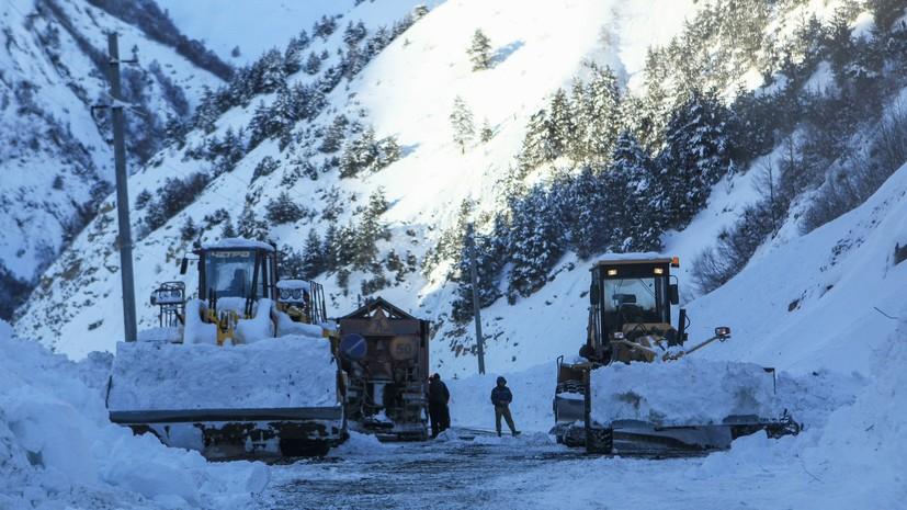 Военно-Грузинская дорога закрыта для всех видов транспорта
