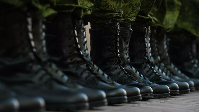 Госдума приняла закон о единых денежных выплатах солдатам-срочникам