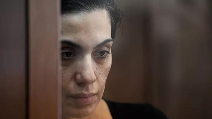 Суд оставил под стражей обвиняемую в шпионаже Цуркан