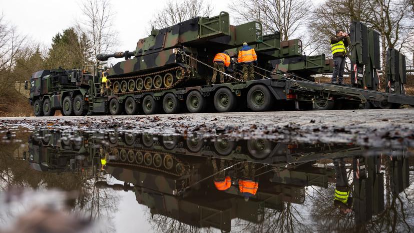 «Игра с военной стабильностью»: в бундестаге выступили против развёртывания войск на границе с Россией