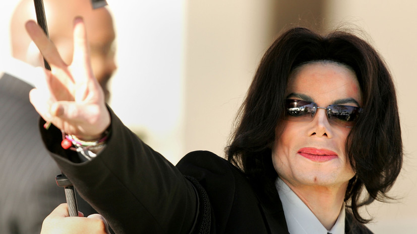 Forbes назвал самых высокооплачиваемых «мёртвых звёзд»