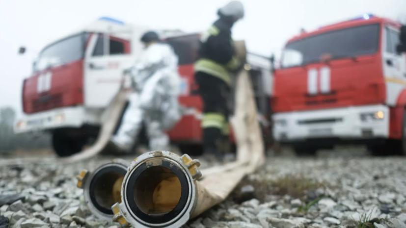 В Дзержинске произошёл пожар в ангаре