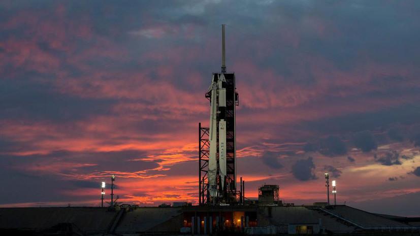 SpaceX запустила Falcon 9 с группой спутников