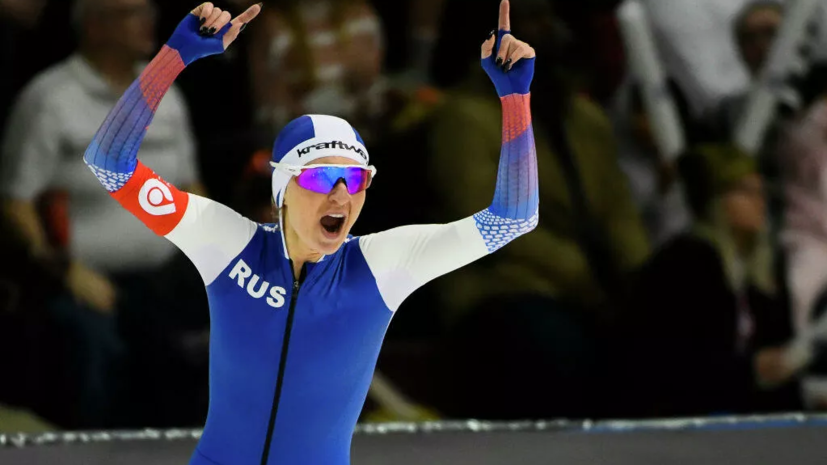 Путин поздравил с мировыми рекордами конькобежцев Кулижникова и Воронину