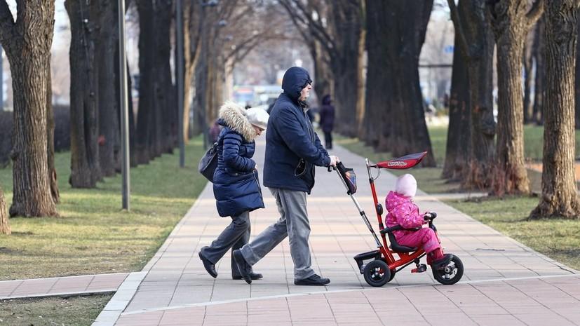Гидрометцентр назвал причины тёплой зимы в России