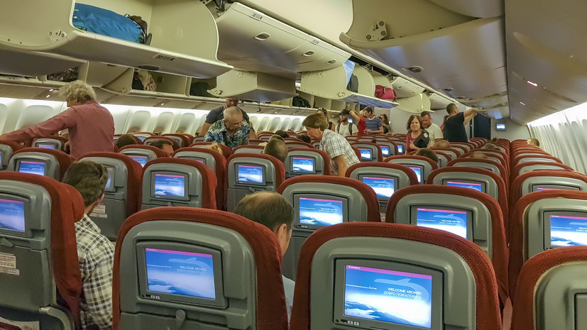 Аналитики зафиксировали снижение цен на авиабилеты по России