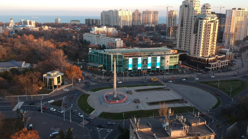 Вандалы осквернили мемориал в честь освобождения Одессы
