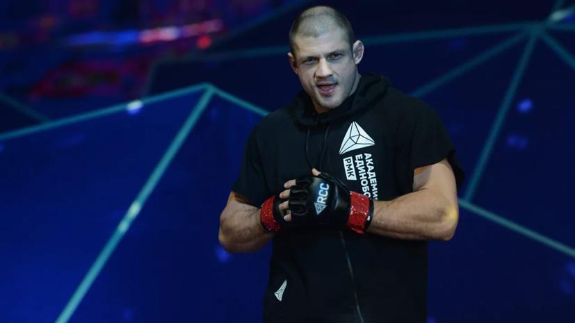 Штырков победил польского бойца MMA Пастернака на турнире RCC в Екатеринбурге