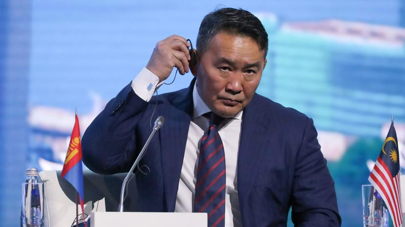 Президент Монголии попал в карантин после поездки в Китай