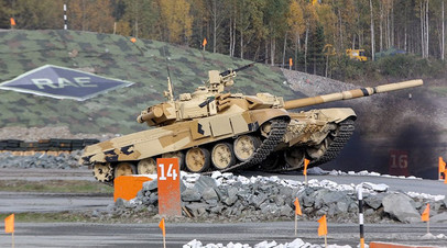 Танк Т-90М на испытаниях