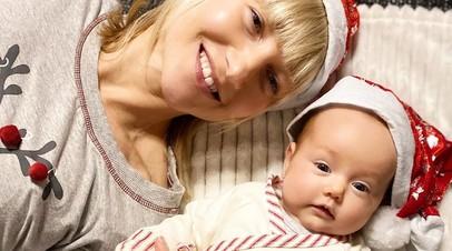 Алёна Савченко с дочкой