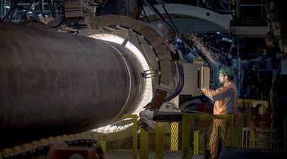 Cварка труб на борту трубоукладочного судна Pioneering Spirit