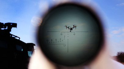 Военнослужащий РФ во время учений по борьбе с воздушными целями подразделения специального назначения