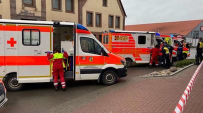 Число пострадавших при наезде машины на толпу в Германии превысило 60