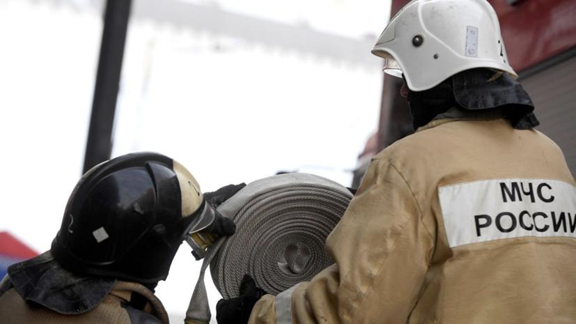 В Нижнем Новгороде загорелся цех по производству мешков из полиэтилена