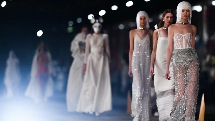 Неделю моды в Москве отменили из-за ситуации с коронавирусом