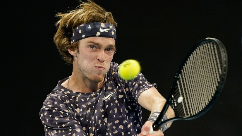 Теннисист Рублёв: лучше провести «Ролан Гаррос» немного позже, чем вообще его не сыграть