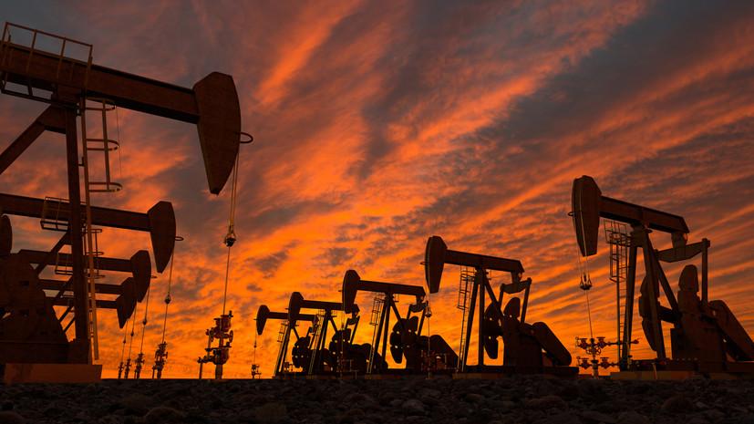 «Денежно-нефтяной пузырь»: чем обвал цен на энергорынке может угрожать сланцевым компаниям США
