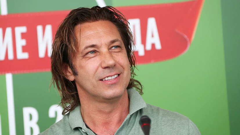 Мостовой считает, что урезание зарплат пойдёт на пользу российскому футболу