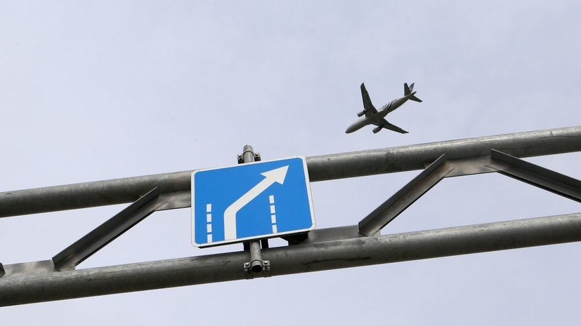 Источник: рейс из Сочи приземлился после сигнала об отказе двигателя