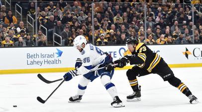 Шайбы Кучерова и Сергачёва помогли «Тампе» обыграть «Бостон» в НХЛ