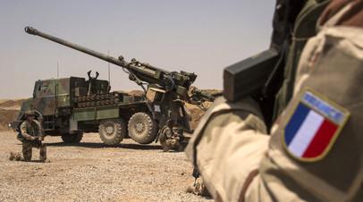 Французские военные в Ираке в ходе выполнения миссии НАТО