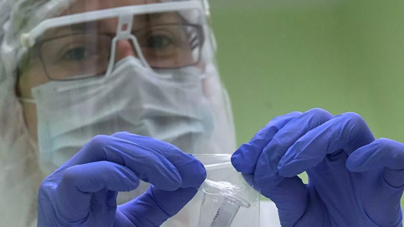 Более 215 тысяч человек в России из-за коронавируса наблюдают медики