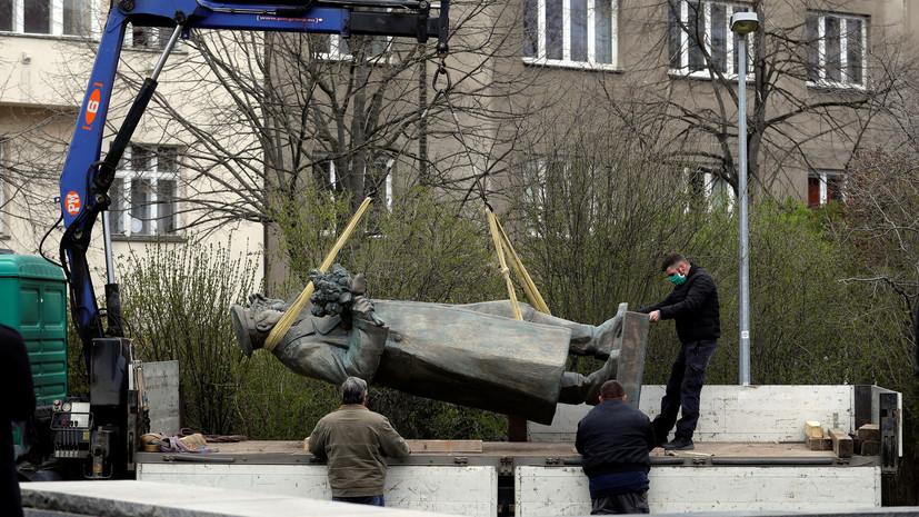 В Кремле прокомментировали демонтаж памятника Коневу в Чехии