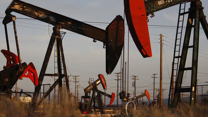 «Инвесторы ждут подробностей»: как рубль и цены на нефть среагировали на продление сделки ОПЕК+
