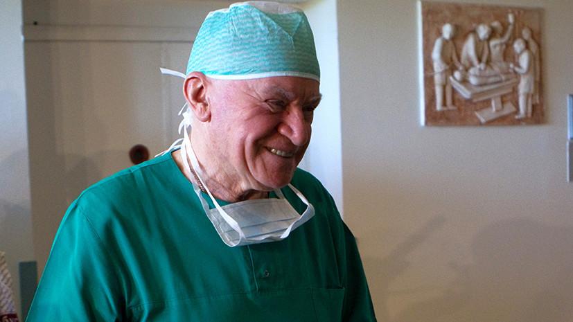 «Никто не отменил инфаркт миокарда»: кардиохирург Лео Бокерия продолжает оперировать, несмотря на пандемию коронавируса