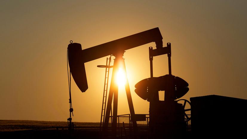 Цена на нефть WTI падает более чем на 25%