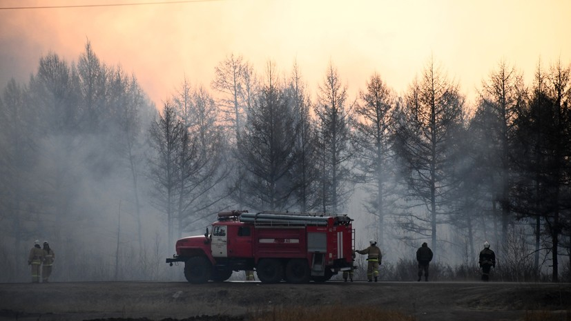 В Иркутской области тушат лесные пожары на площади более 5000 гектаров