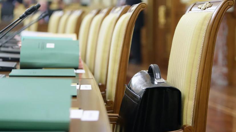 «Единая Россия» разработала проект о штрафах для чиновников за хамство