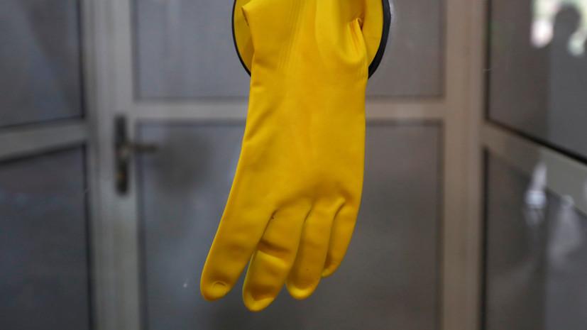 Москва вводит режим ношения масок и перчаток в общественном транспорте