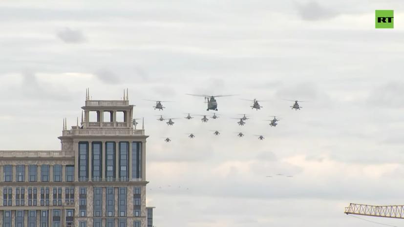 Путин поручил поблагодарить принимавших участие в воздушном параде военных