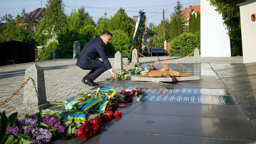 «Подмена ценностей»: почему в День Победы на Украине вновь подняли вопрос о принадлежности Крыма