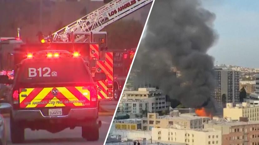 В США 11 пожарных получили сильные ожоги при взрыве на частном складе