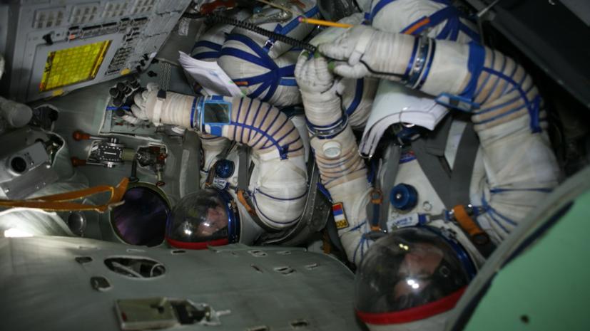 Индийские космонавты возобновили тренировки в ЦПК