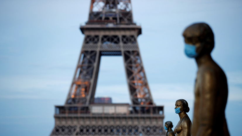 Во Франции за сутки скончались 83 человека с коронавирусом