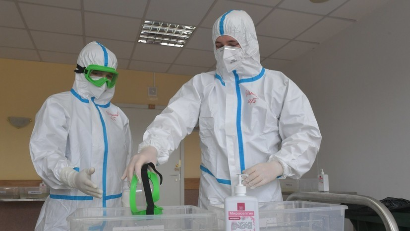 Медработники Севастополя получат надбавки по работе с COVID-19 за май до 3 июня