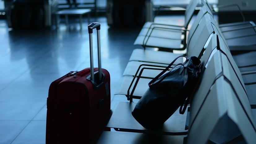 Попова рекомендовала не выезжать за границу в ближайшее время
