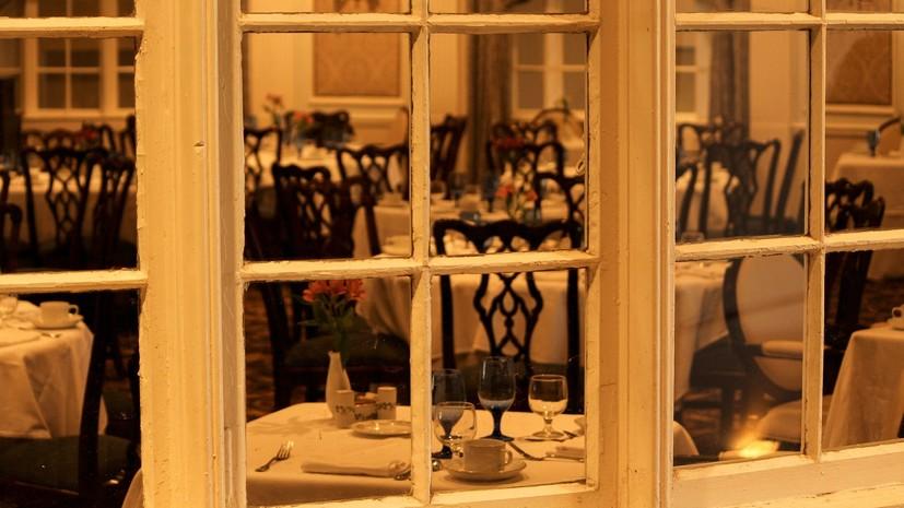 Заммэра Москвы заявил, что пока преждевременно открывать рестораны