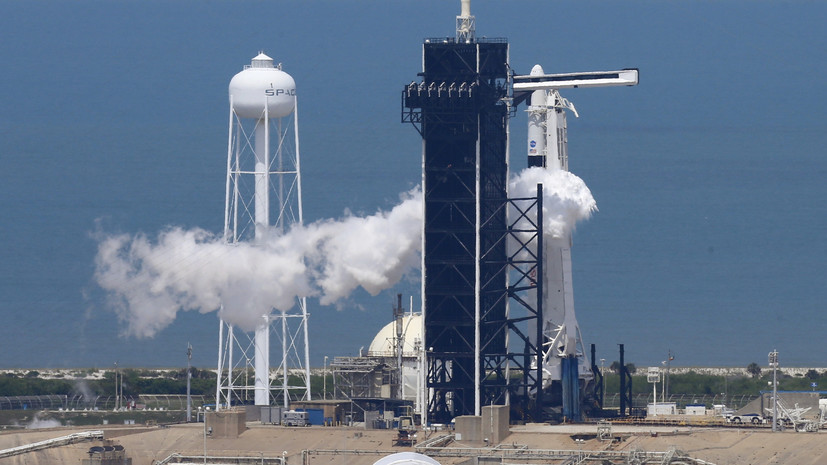 Ракета Falcon 9 с кораблём Crew Dragon стартовала с аэродрома в США