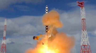 Запуск межконтинентальной баллистической ракеты «Сармат»
