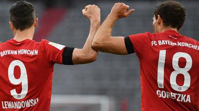 27-й гол Левандовски, достижение Санчо и 13 тысяч картонных фанатов: чем запомнились очередные матчи Бундеслиги