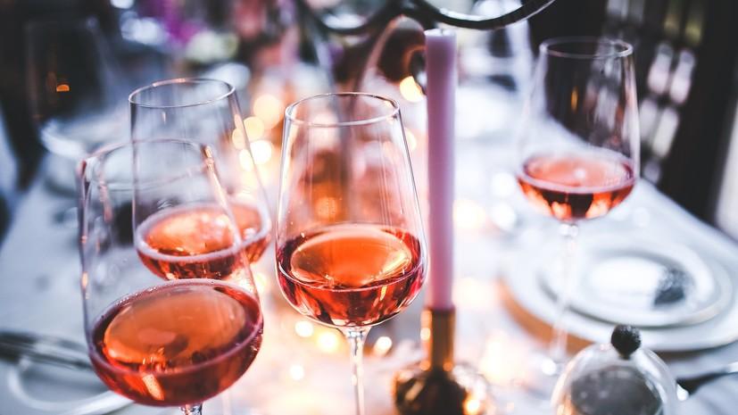 Названы самые популярные алкогольные напитки в условиях пандемии