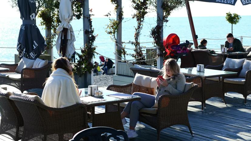 В Сочи с 6 июня откроются летние кафе и рестораны