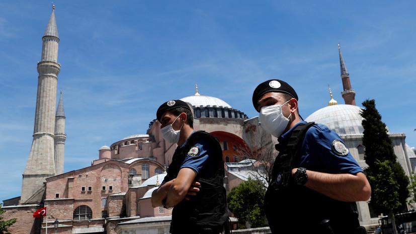 За сутки в Турции выявили 930 новых случаев коронавируса