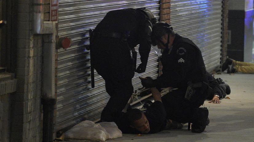 Губернатор Калифорнии поручил не обучать в полиции удушающему приёму